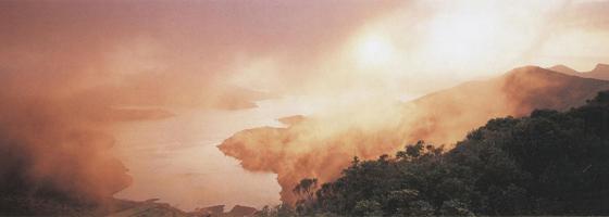 Фотографии Эндриса Эпса. Пролив Брекси, Национальный нарк фьордов, Новая Зеландия