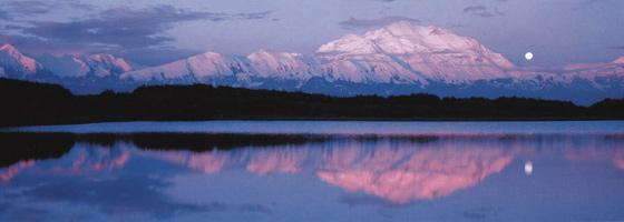 Фотографии Кена Дункана. Лунное величие. Озеро Чудес, Национальный парк Денали, Аляска, США
