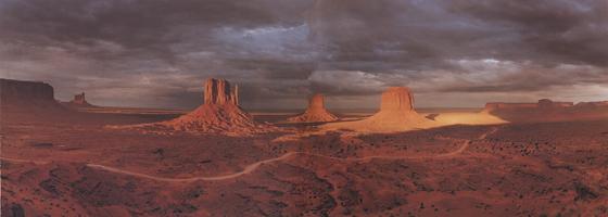 Фотографии Макдуфа Эвертона. Скалы Рукавицы. Долина Монументов, Аризона, США