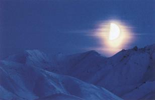 Фотографии Патрика Эндреса. Бумажная луна. Национальный парк Денали, Аляска, США