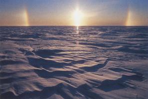 Фотографии Патрика Эндреса. Снежная радуга на закате. Аляска, США