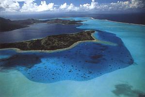 Фотографии Янна Артюс-Бертрана. Бора-Бора, Французская Полинезия